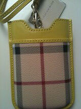 198-BURBERRY-AUTH-HAYMARKET-CHECK-iPHONE-BLACKBERRY-PhONE-CASE-1-DAY-SALE-NEW