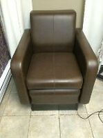 Cigno Pedicure Spa Chair with Footsie