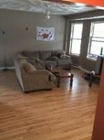 Great 2 bedroom for rent Month to Month