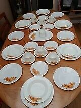 JAJ Vintage Dinner Plate Set