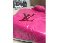 LOIUS VUITTON MONOGRAM SHAWL 2 IN 1 CAN BE WORN AS SHAWL AND SCARF 5 COLORS
