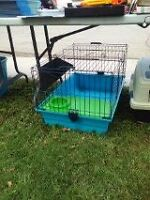 Cage moyenne-large a vendre!