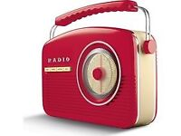 Akai Portable DAB +/FM Retro Bluetooth Clock Radio - Red
