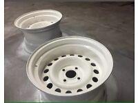 R14 Banded Steel Wheels