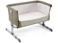 Chicco next to me side sleeping baby infant crib. Co-sleeping