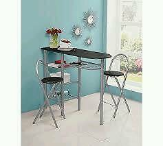 Breakfast bar and stools for sale