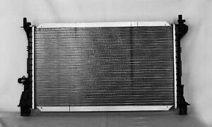 2000 2001 2002 2003 2004 Ford Focus Radiator