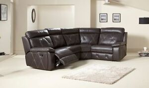 WANTED:  leather sofa in good condition Waitara Hornsby Area Preview