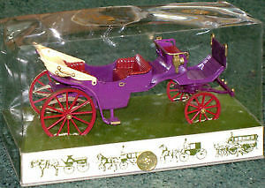 1800's Vis-A-Vis Horse-drawn (wedding) Carriage by Brumm