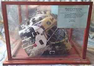 Penguins Goalie Mask Signed By Crosby & Team 07/08 before cup!