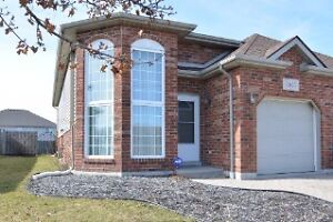 GREAT LASALLE SEMI RAISED RANCH HOME FOR LEASE