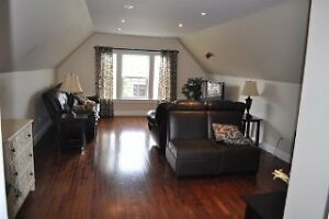 BEAUTIFUL HOME IN AIRPORT HEIGHTS St. John's Newfoundland image 2