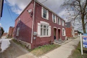 Great DUPLEX Income Opportunity!! - 1 bedroom, & 2 bedroom unit!