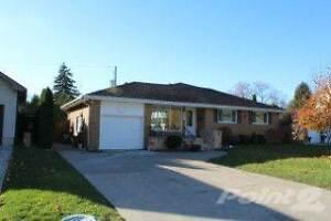 Homes for Sale in South Windsor, Windsor, Ontario $449,900 Windsor Region Ontario image 2