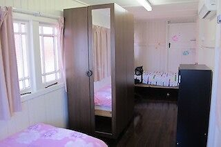 Double(2beds) or single Rm w A/C,FF,bills. near southbank Qut UQ Woolloongabba Brisbane South West Preview