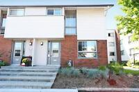 3 BDRM townhome close to Bells Corners and Moodie Dr!