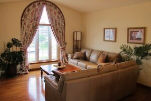House For Sale in Great Location Windsor Region Ontario image 5