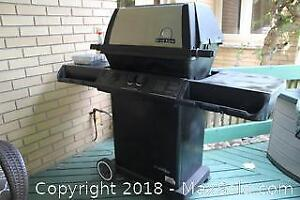 Natural Gas BBQ And Cover. A