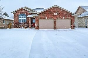 BEAUTIFUL DORCHESTER QUAIL RUN HOME! OPEN HOUSE SUN 2 - 4 London Ontario image 1