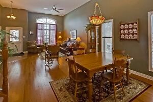 BEAUTIFUL DORCHESTER QUAIL RUN HOME! OPEN HOUSE SUN 2 - 4 London Ontario image 3