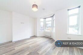 1 bedroom in Bexhill Road, London, SE4 (#1042130)