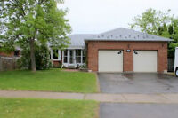 Great Family Home in Heart of Lindsay! Brad Sinclair Re/Max