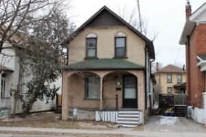 ==Quaint Ptbo Home in Heart of City== Brad Sinclair Flat Rate