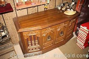 Stereo Cabinet-C