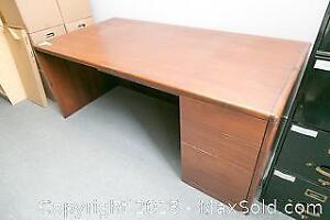 Desk C