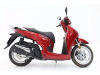2017 Honda SH300i Ex Courtesy Bike --- Price Promise!!! ---