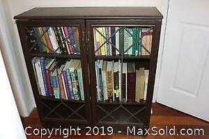 Shelf Unit With Glass Doors