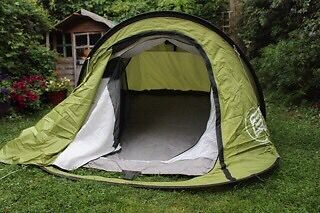 Quechua tentin Forest Hill, LondonGumtree - Quechua 2 seconds air II tent. Great condition 2 man tent. Only selling it cause I need a bigger tent, otherwise nothing wrong with it. All the pigs are there literally throw it and the tent sets up in a couple of seconds. Willing to open it up if...