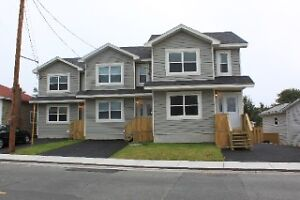 CLOSE TO MUN AND DOWNTOWN /  GEORGE ST,