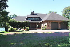 NEW PRICE  - 287 GREEN BAY ROAD