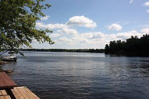 --CLEAN, DEEP WATERFRONT-GREAT PRICE!- Brad Sinclair Flat Rate