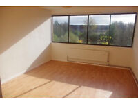 Nice clean room to rent in CMK opposite Xscape Centre
