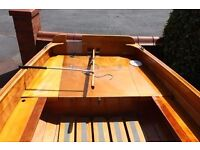 """Sailing Dinghy - Iain Outghtred-designed Fulmar-16' 6"""""""