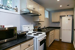 Great west end location Available  Aug 1st - on bus route