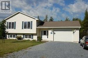Beautiful-3 Br, 2 Bath Home Located in, Rothesay™