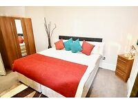 Massive Ensuite room in Mansion Block (Immediately available for £995.00 PCM)