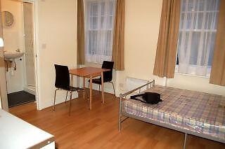 Good size studio flat to let in Shephards Bush / Kensington Olympia W14