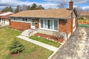 287 Grand River St N, Paris OPEN HOUSE Sunday 1 May 2-4pm