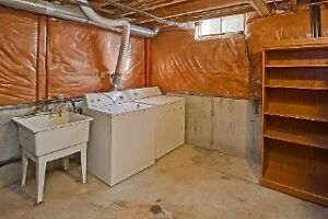 245 Martinet OPEN HOUSE Sunday Dec.4th 2-4pm London Ontario image 7