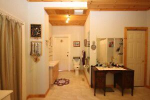 Executive home for rent in Tamworth Kingston Kingston Area image 6