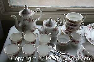 Royal Albert Tableware A