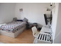 Big double room, Stockwell/ Vauxhall , ZONE 2, double bedroom, 175 p/w