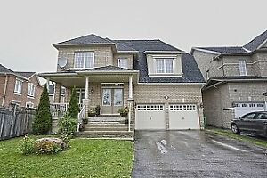 Spacious Home Location In The Prestigious Riverstone Community.