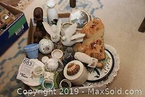 Figurines and Decorative Lot A