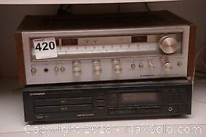 PIONEER Stereo Receiver and Compact Disc Player B