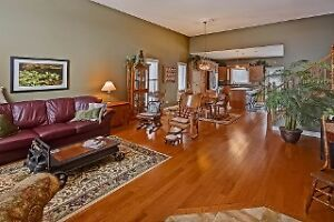 BEAUTIFUL DORCHESTER QUAIL RUN HOME! OPEN HOUSE SUN 2 - 4 London Ontario image 4